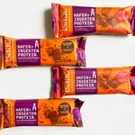The peanut-cranberry and hazelnut-cacao bars from Isaac.