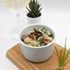 Cricket orzotto paired with even more wine!
