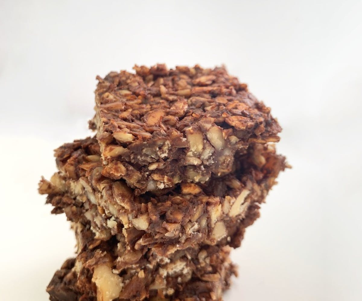 Stacked self-made insect protein bars