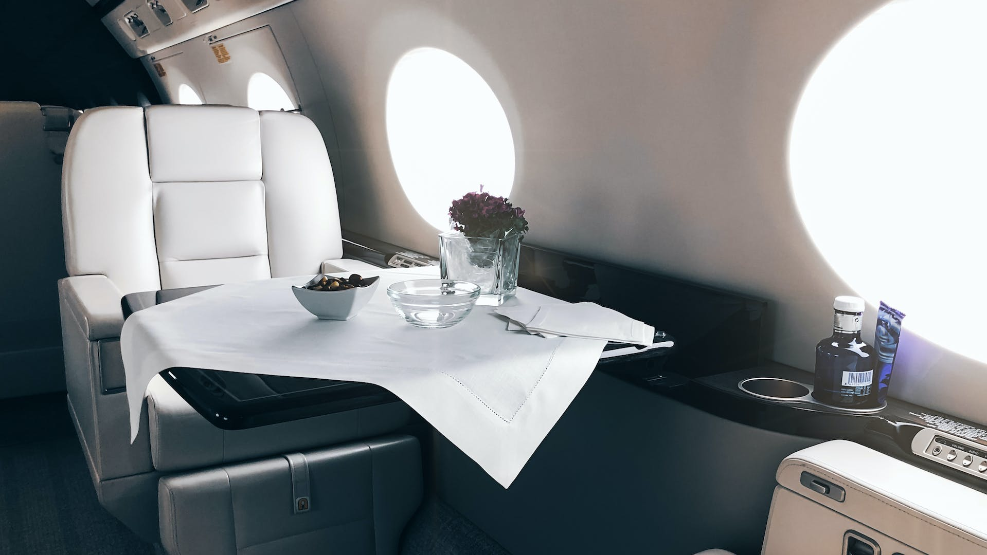 Get exactly what you need inside your private charter plane with 100% tailor-made layouts and amenities.