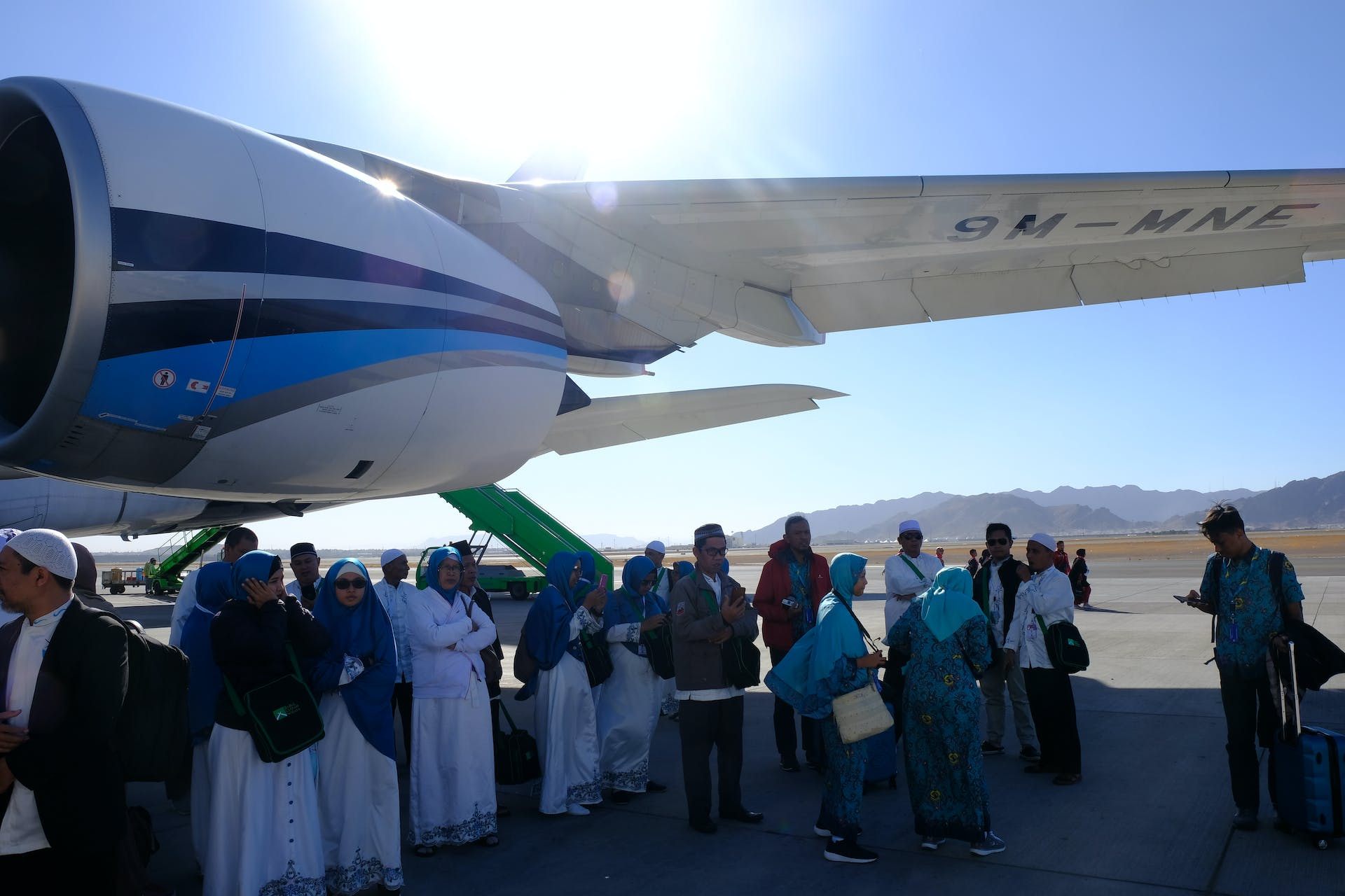 Pilgrims travelling privately to Mecca, Jerusalem or Rome enjoy privacy, comfort and safety. #caption: Pilgrimages to Mecca, Jerusalem, Lourdes or Rome can be more harmonious thanks to the comfort, safety and privacy of charter flights.