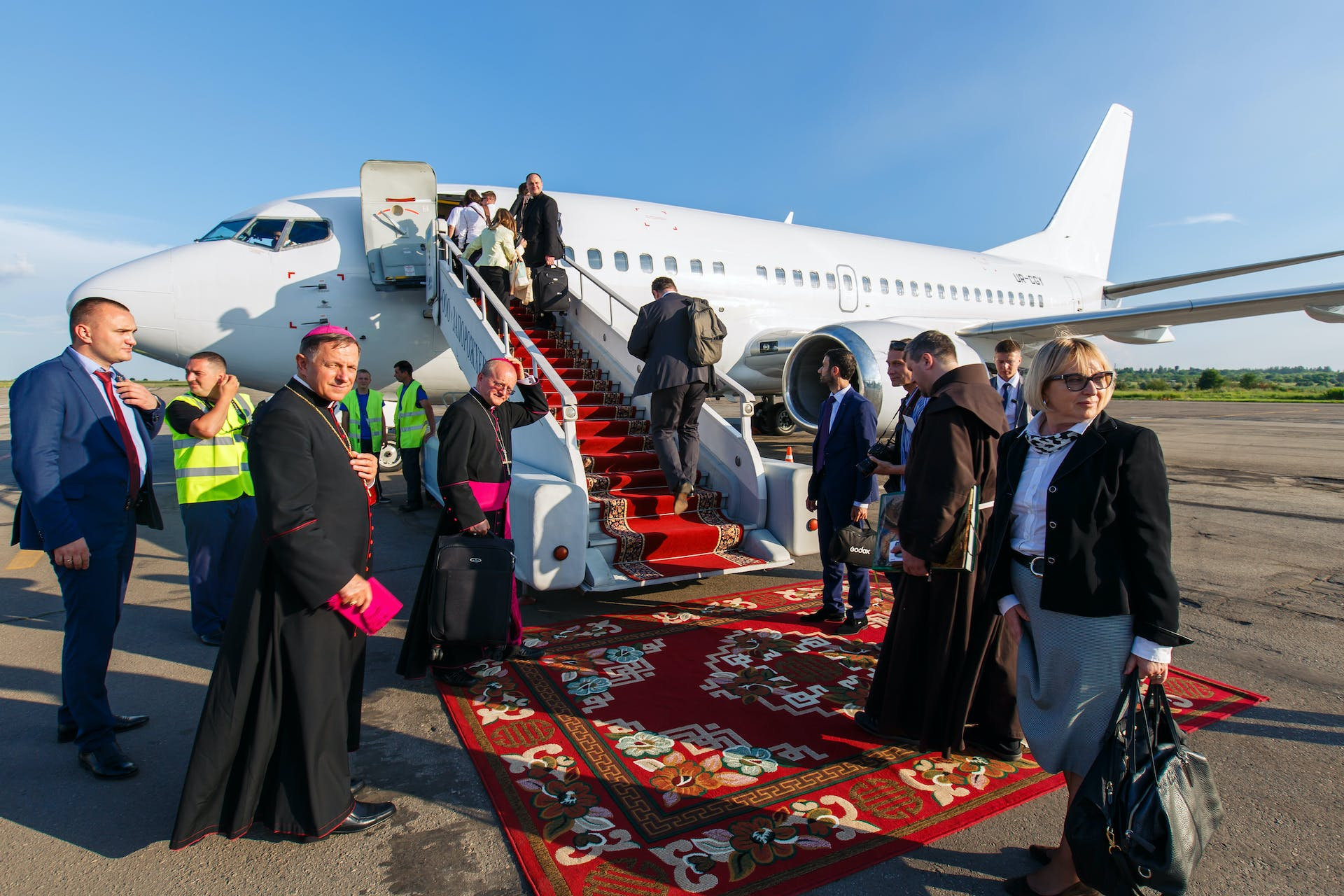 Private charter flights offer pilgrims comfort for their religious travel plans. #caption: Charter flights are made-to-measure and offer unparalleled levels of comfort, safety and privacy.