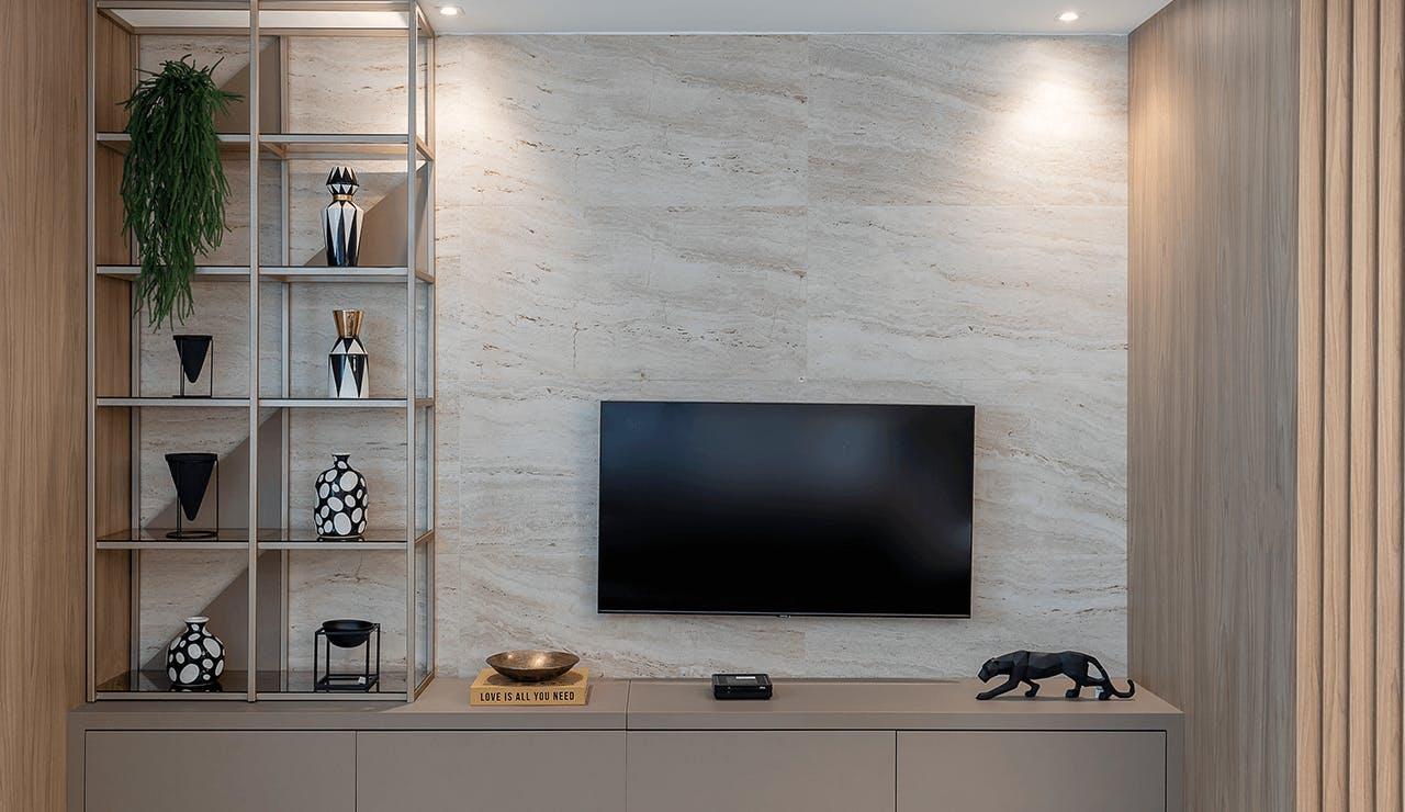 painel de TV Casa Santorini