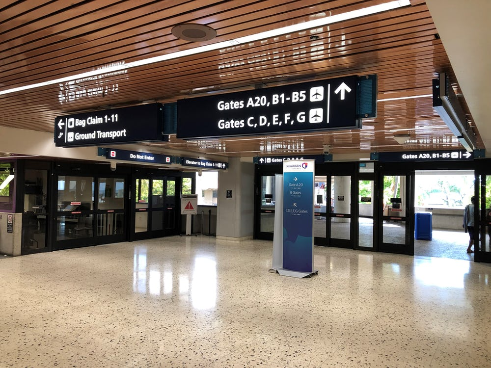 Sample terminal gate signage