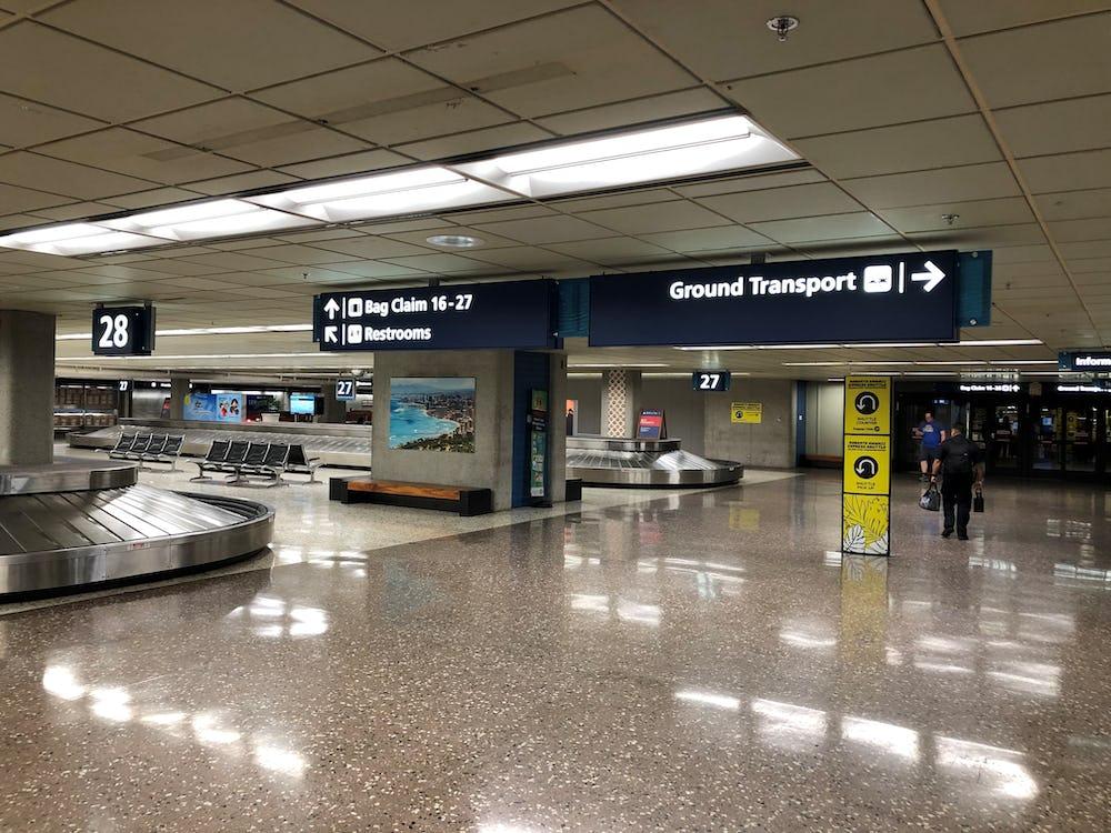 Sample terminal baggage signage