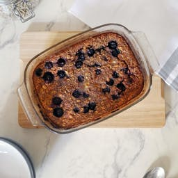 Baked Banana & Blueberry Oats