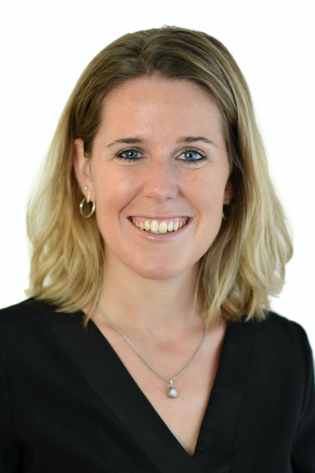Portrait von Lara Burkart