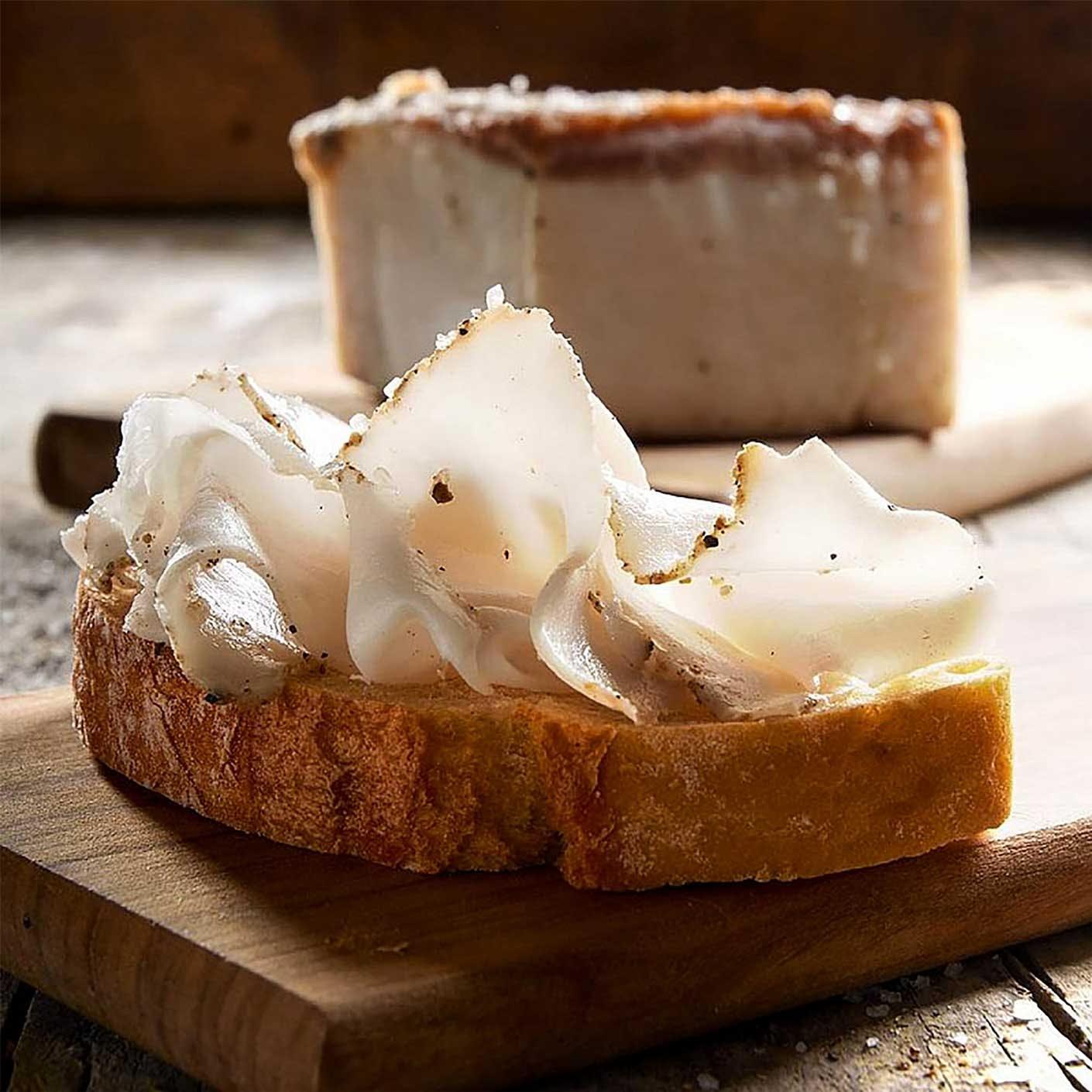 Essen in der Toskana: Lardo