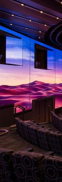 Teatern med 270 graders omgivande LED-skärm