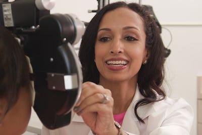 Rupa Wong, Honolulu Eye Clinic
