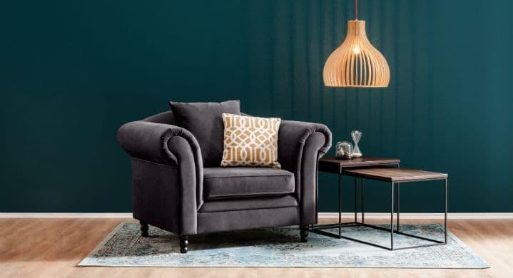 Grauer klassischer Sessel aus Samt bei home24