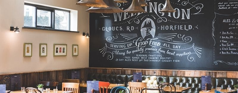 The Wellington in Bristol, bar