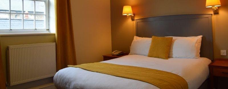 Arnos Manor in Bristol, double room