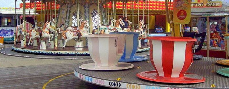 Great Yarmouth Pleasure Beach Cups & Saucers