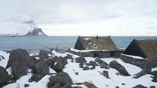 https://images.prismic.io/icelandic/327bc1c4-95fc-4589-8f1e-648332062491_Icelandic_GY1A1144.jpg?auto=compress%2Cformat&rect=0%2C120%2C2250%2C1266&w=320&h=180