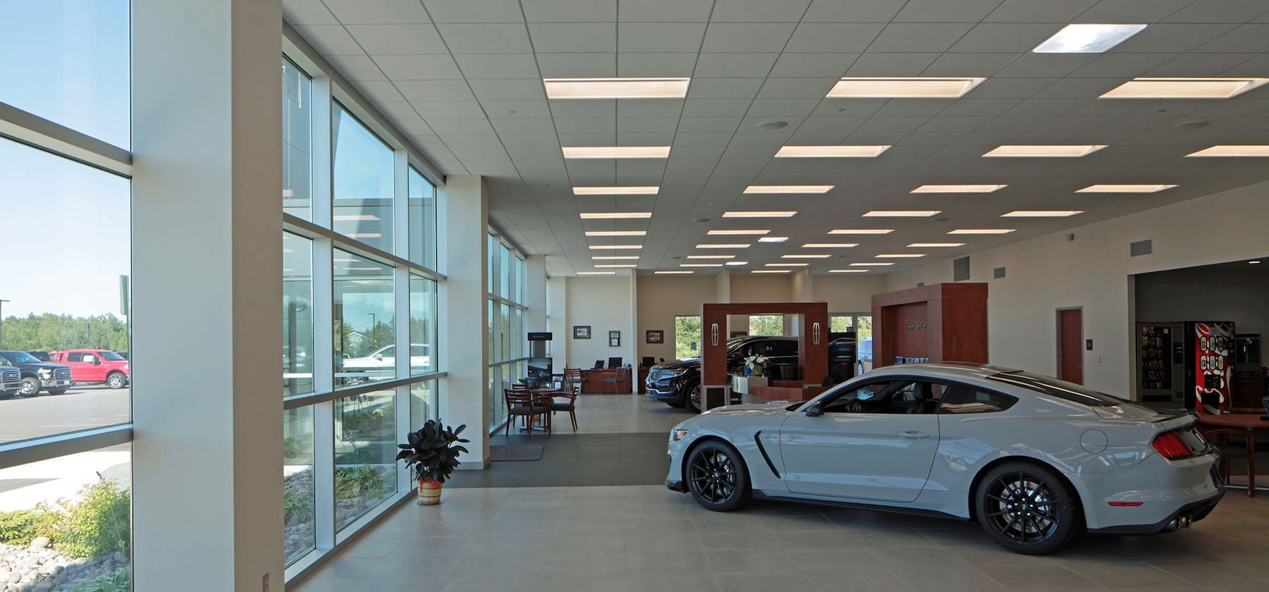 Soo Motors interior show room