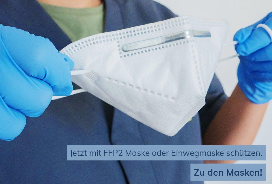 Person mit FFP2 Maske