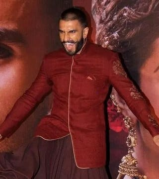 10 Craziest Outfits of Ranveer Singh!