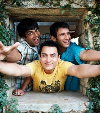 Bollywood movies that will make you miss your college life!