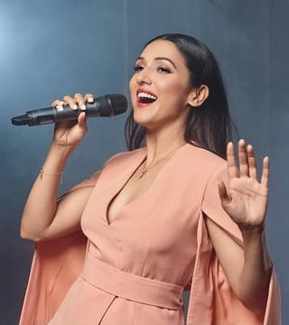 10 songs of Neeti Mohan that will make your day more lively