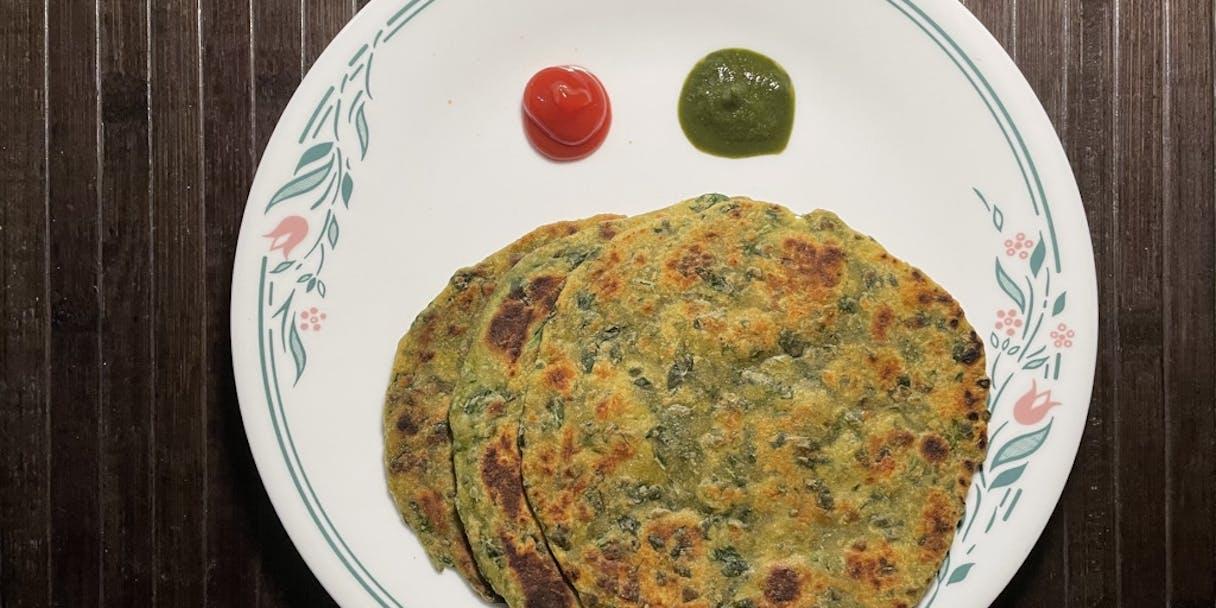 Palak Parantha (Spinach Flatbread)