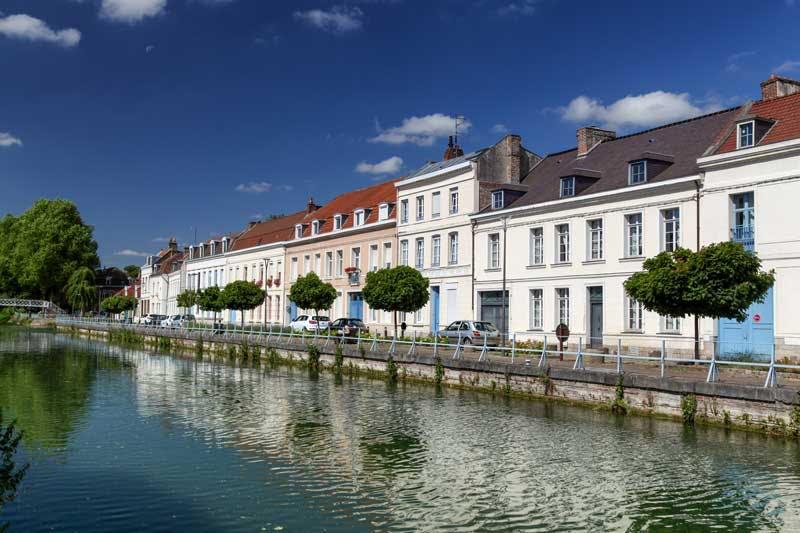 ville moyenne abordable : le marché immobilier des villes moyennes est attractif