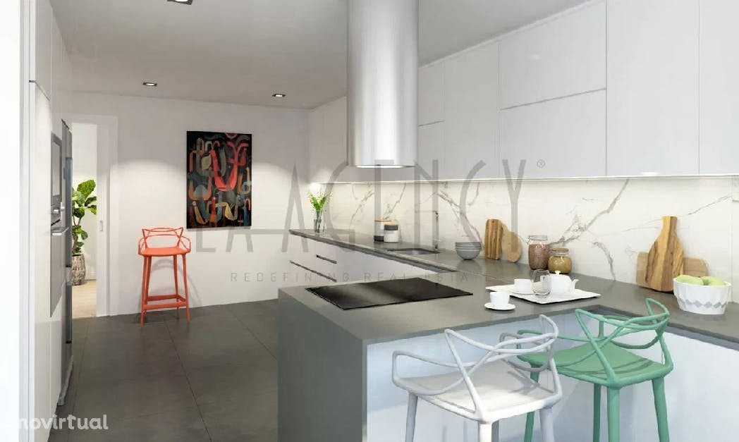 cozinha branca minimalista e clean num apartamento t3 em porto salvo