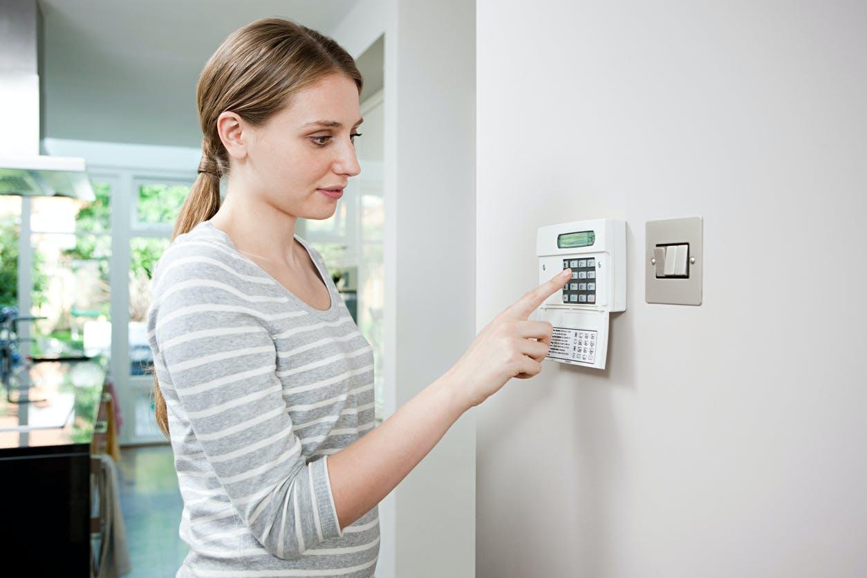 Torne a sua casa mais segura com um sistema de alarme
