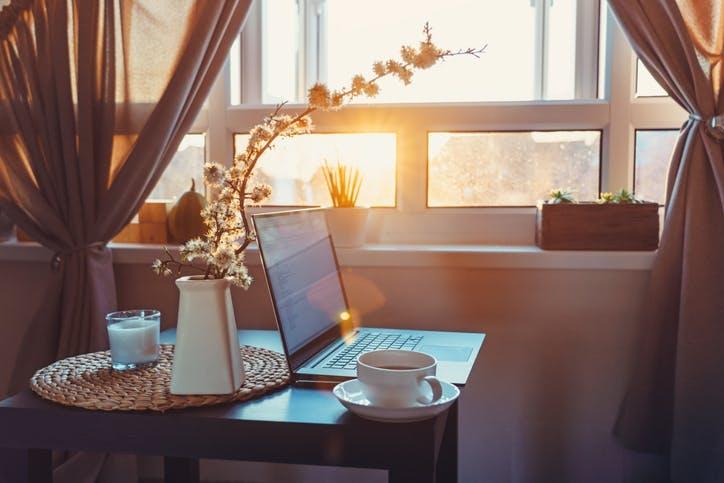 Como montar um escritório móvel em casa