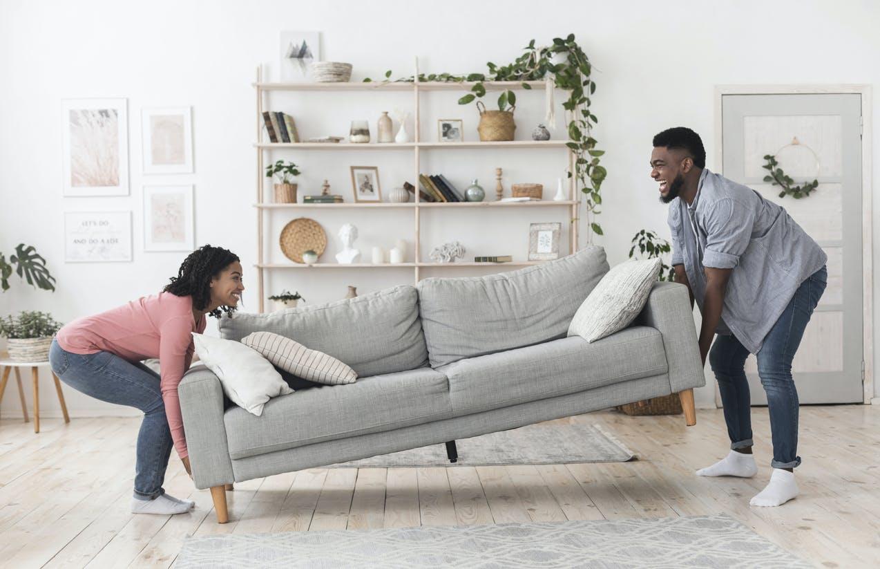 Como escolher o sofá ideal para a sala de estar