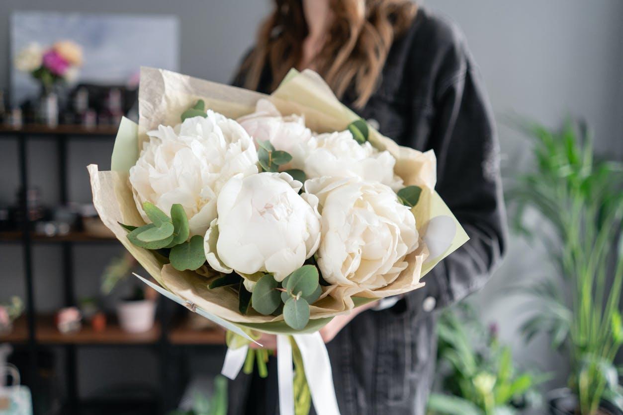 Flores em casa: 6 dicas para as manter frescas e viçosas