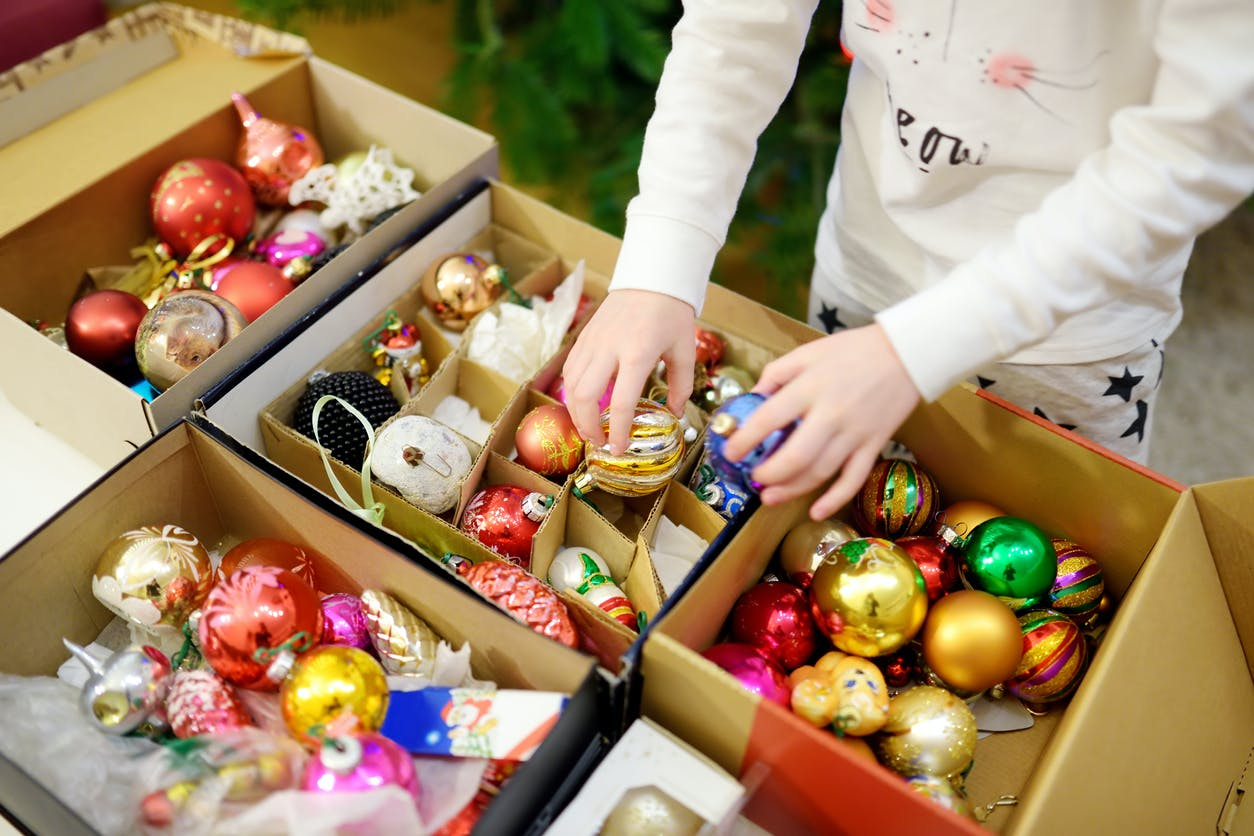 10 truques e dicas para armazenar as decorações de Natal