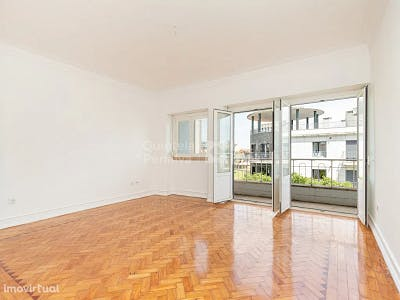 apartamento t4 para arrendar campo de ourique