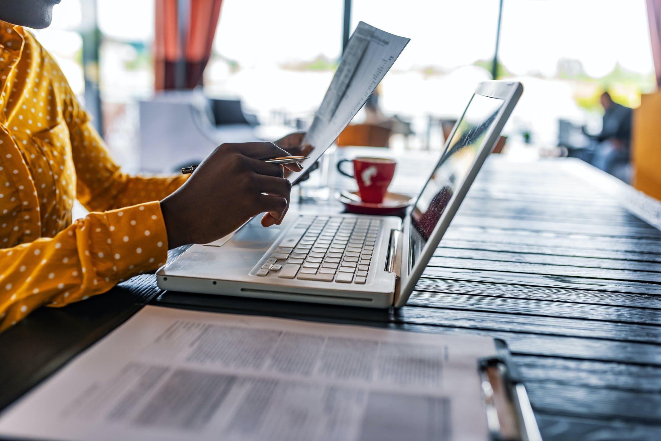 Pesquisa: 72% dos nossos clientes Profissionais realizaram transações durante o desconfinamento