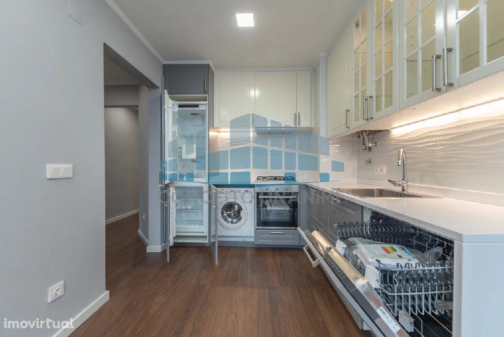 cozinha pequena na em apartamento t2 na penha de frança