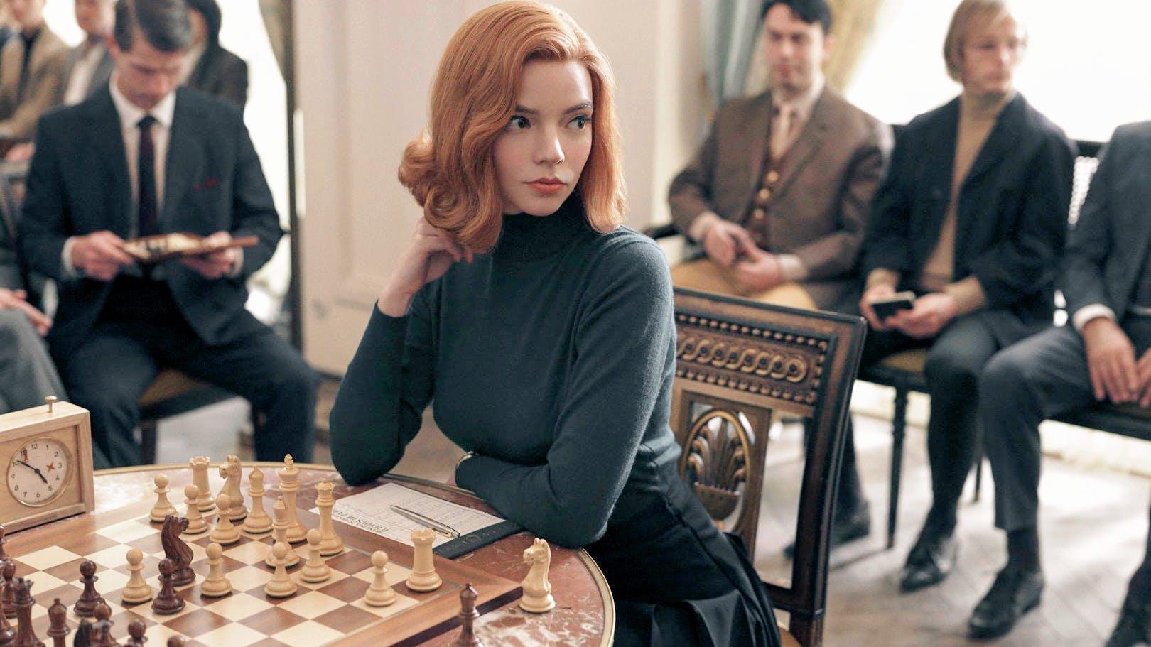 """Conheça todos os detalhes dos interiores fantásticos da série da Netflix """"The queen's gambit"""""""