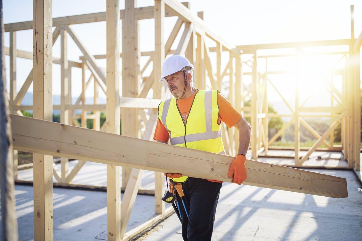 Custos de construção aumentam em abril de 2021