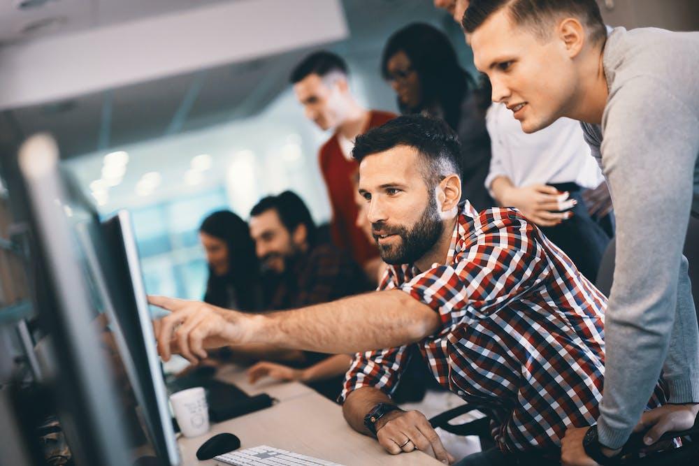 """La composition d'une équipe """"IT"""" dans une start-up"""