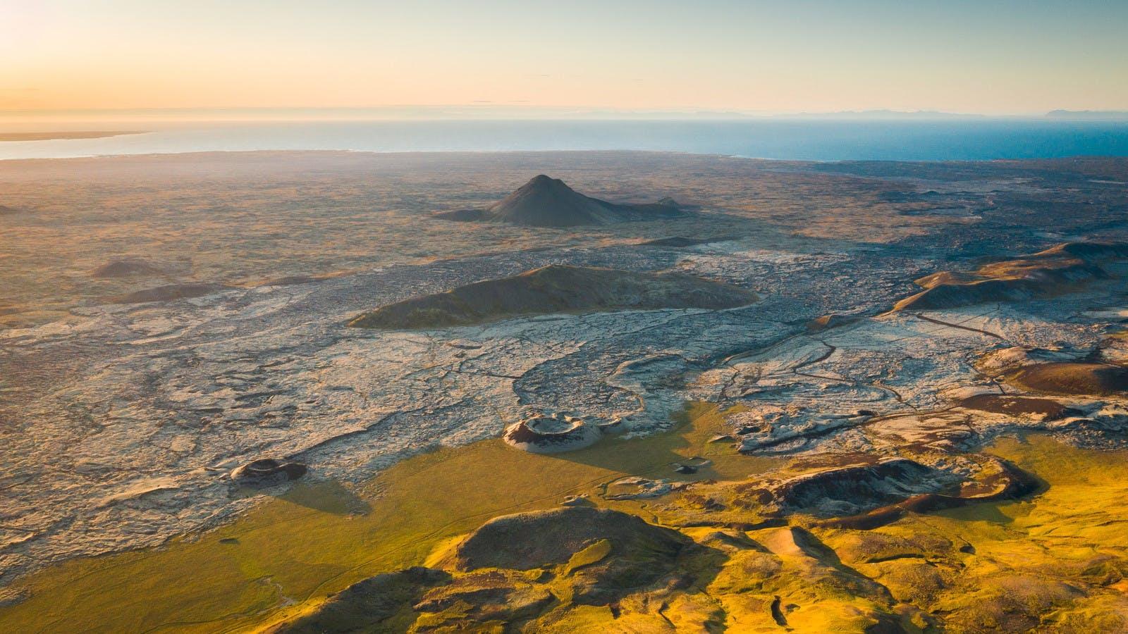 Die Lavafelder von Reykjanes