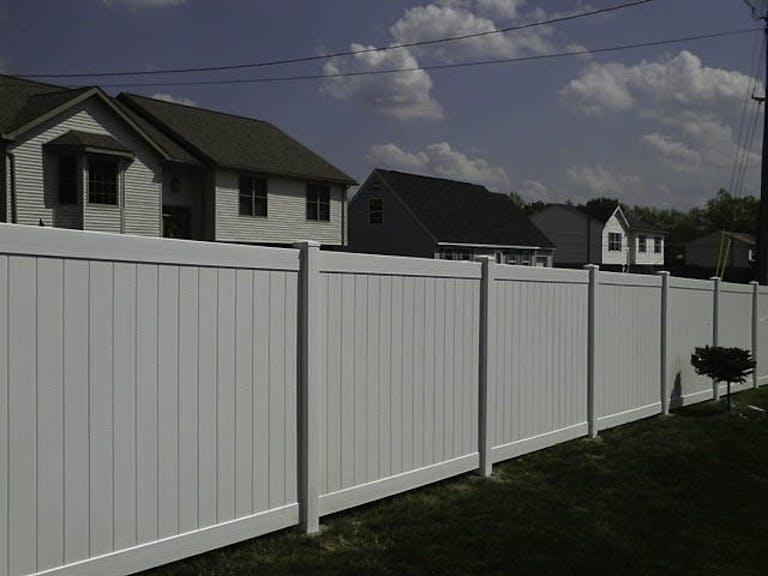 American-Fence-Co.-Vinyl Fence