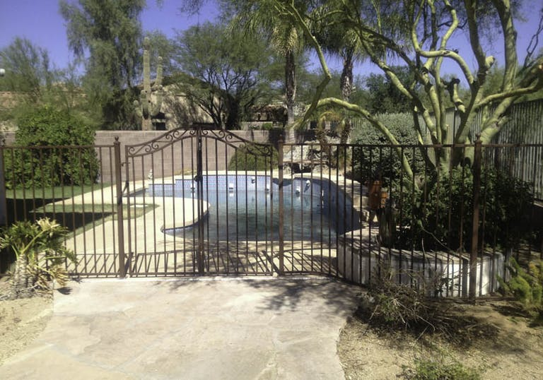 DCS-Pool-Barriers-Iron Fence