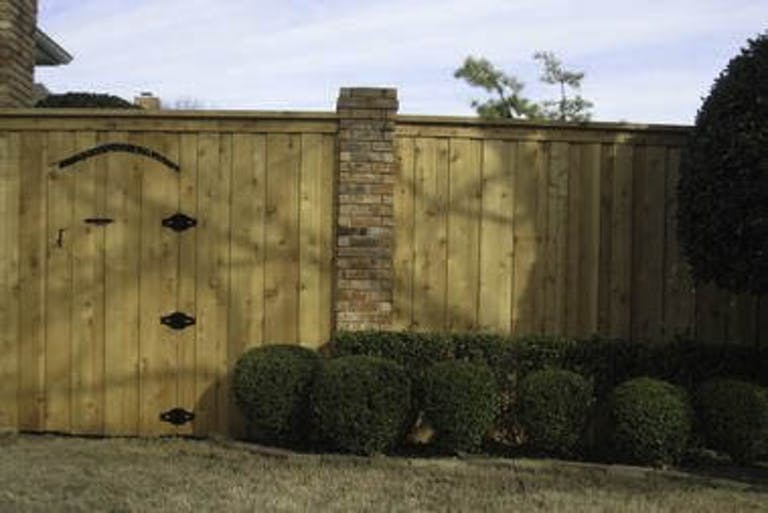 DFW Quality Fence Wooden Fence