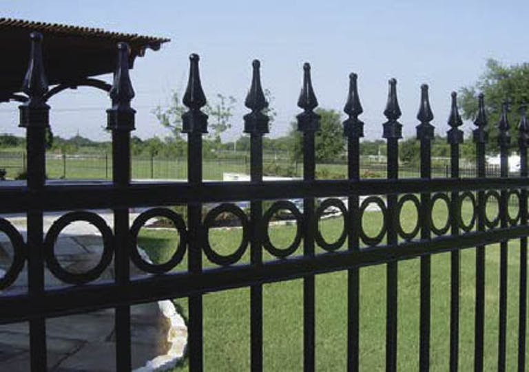 Spartan-Fence-Co.-steel-fence