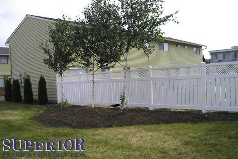 Superior-Fence-&-Construction -Inc.-Vinyl Fence