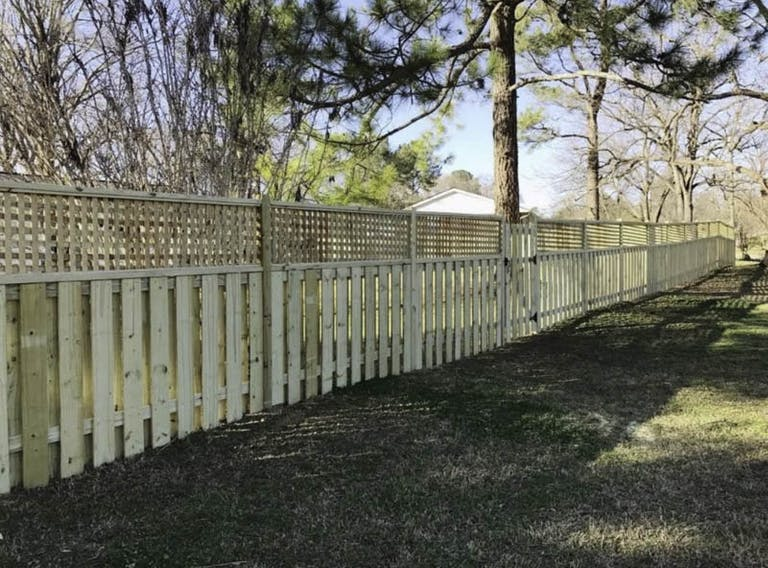 Freedom-Fence-Builders-LLC-Wooden Fence