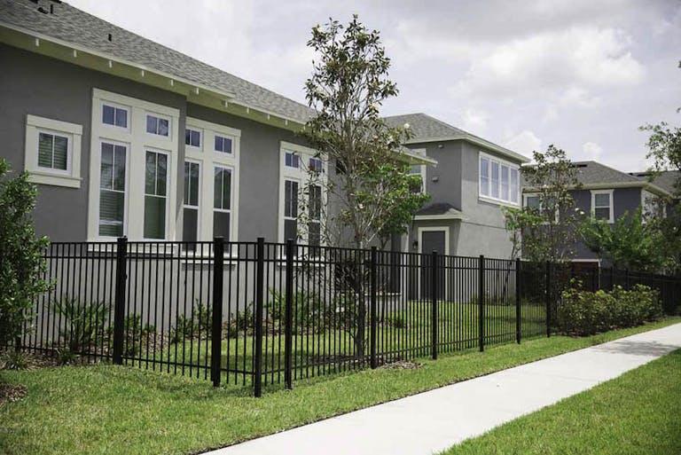 Osceola-Fence-Supply-LLC-steel-fence