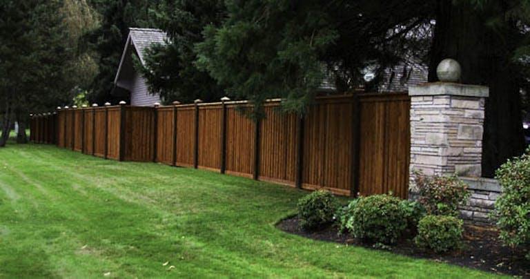 Premier-Fence-Company-Inc.-vinyl-fence