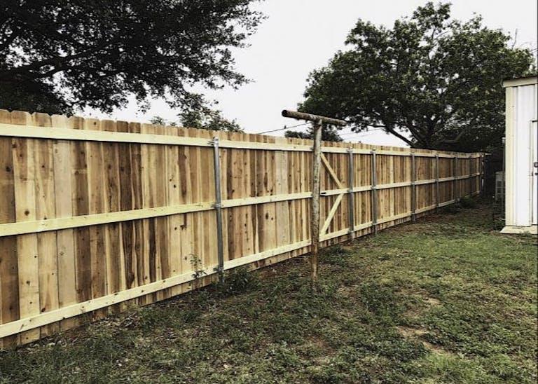 AMH Fencing & Concrete LLC Wooden Fence