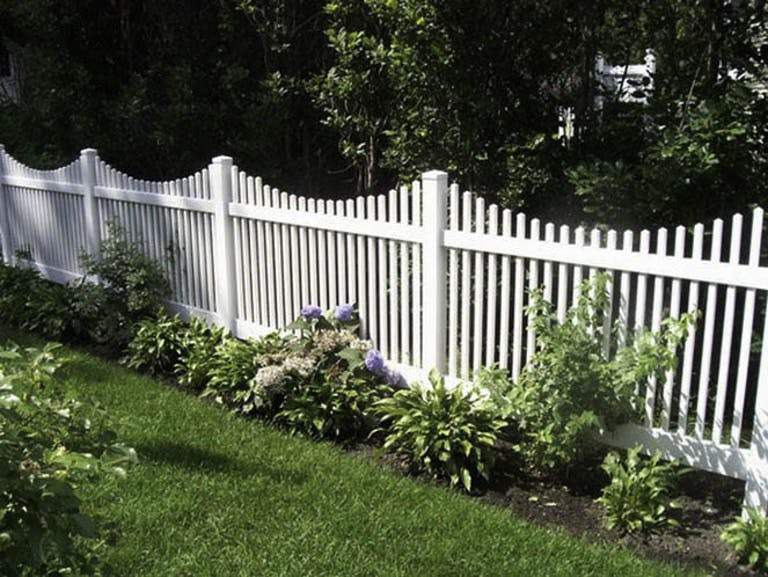 D&D Fence Wooden Fence