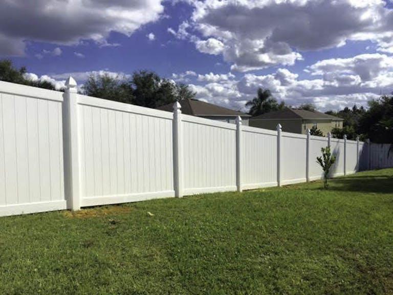 Bossco-Enterprises-Inc/-Complete-Custom-Fence-vinyl-fence
